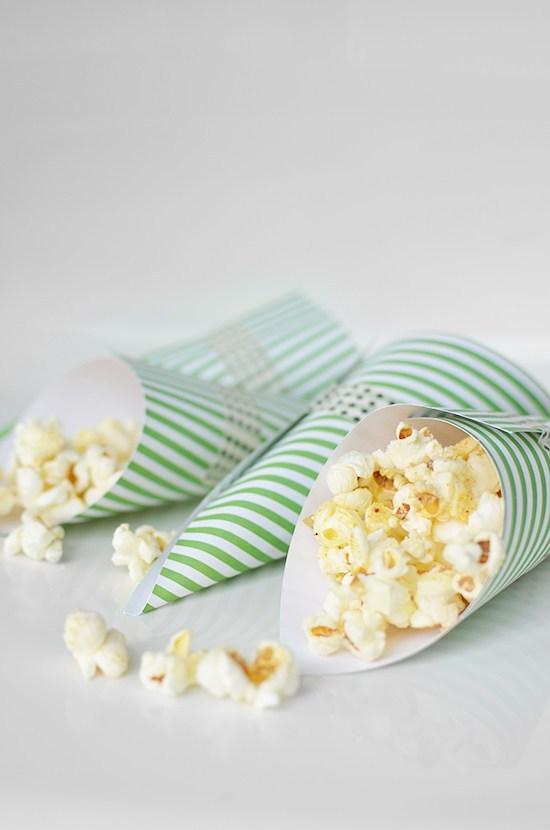 istillloveyou-food-popcorn-cones-7