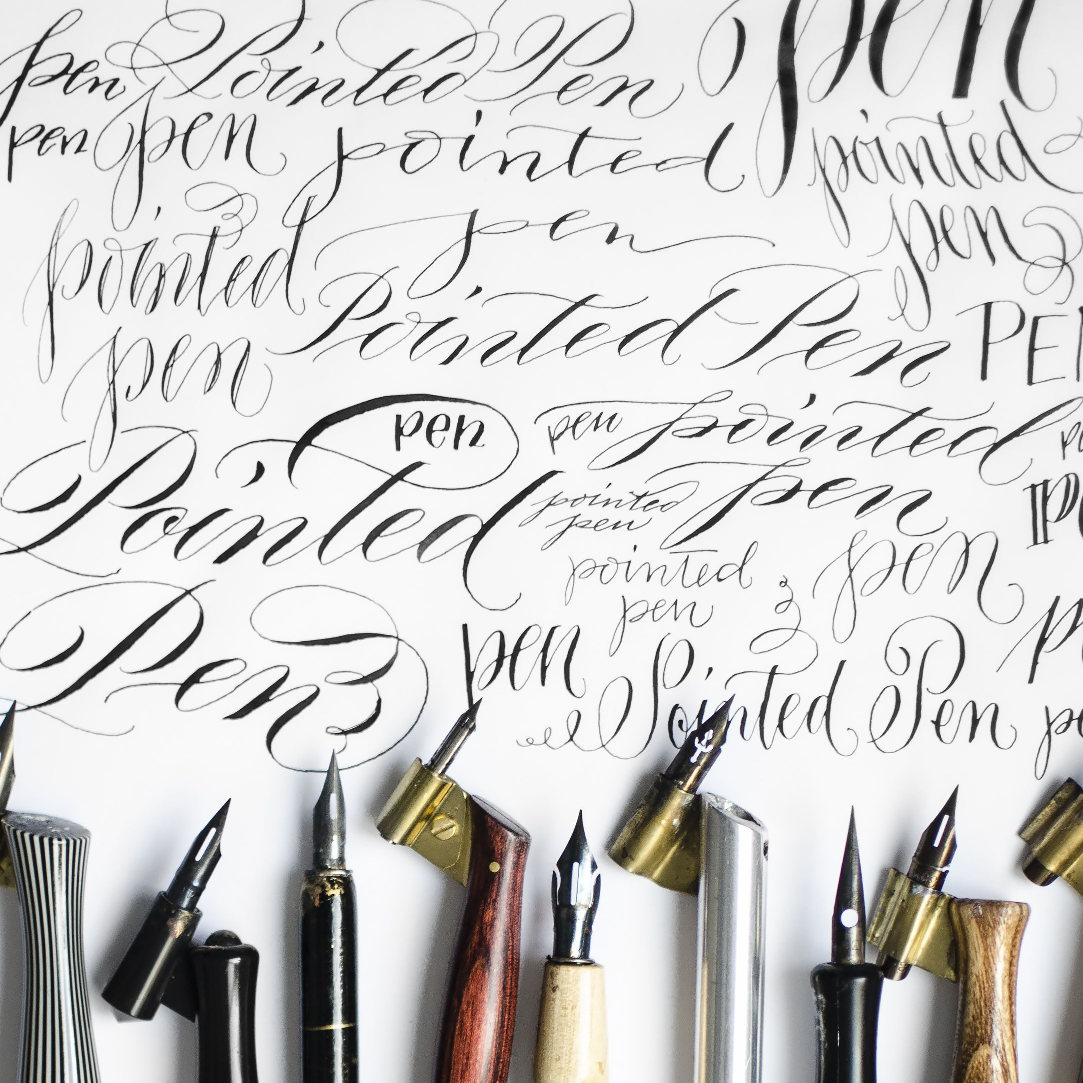 pointed-pen-square